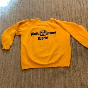 Vintage yellow Walt Disney World sweatshirt XL